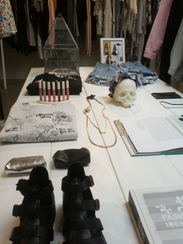 boutique-Extrabold-streetwear-Luxembourg-section-femme