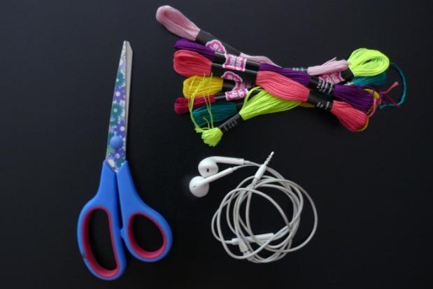 matériel-DIY-écouteurs-personnalisés-colorés