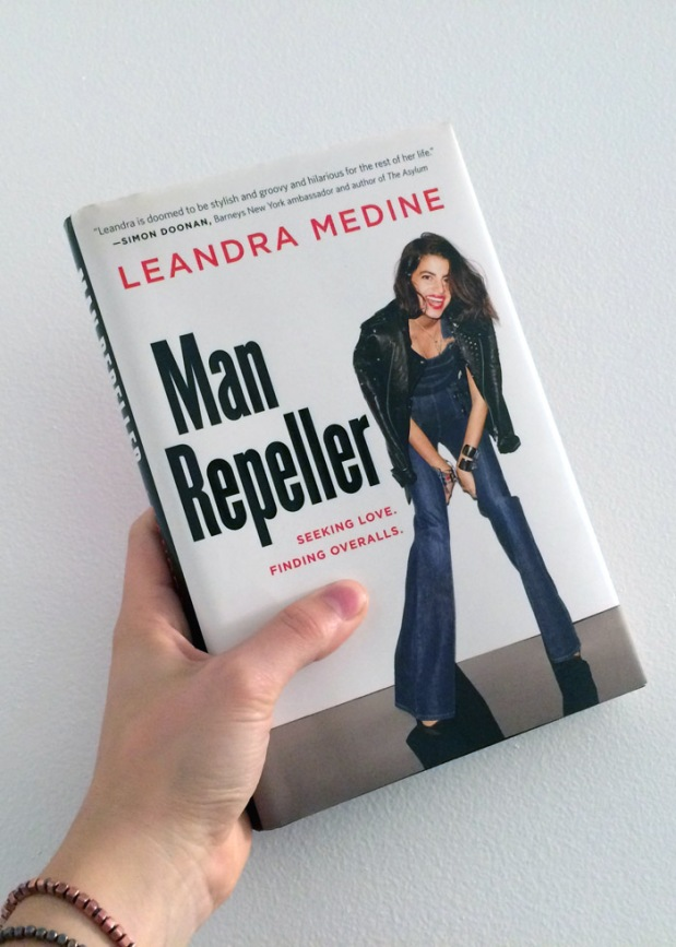 Man Repeller livre book